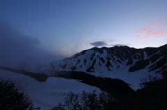 立山の夜明け 1