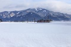 雪国列車がゆく~春はまだかな~