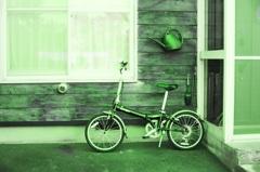 ジョーロと自転車
