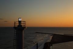 灯台が灯る頃