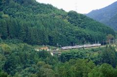 巡礼の道(11) 山間の駅
