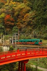 山岳列車(6)-極楽橋と天空