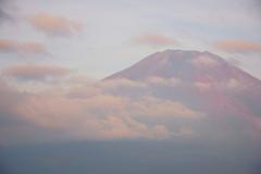霞み赤富士