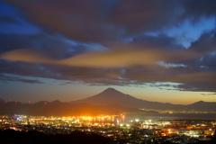 清水港の夜明け10月