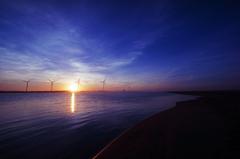 風車からの日の出