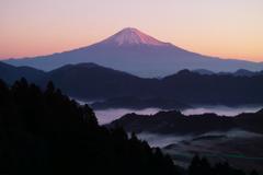 日本の夜明け