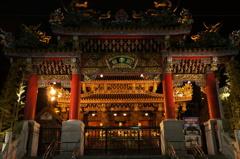 夜の横浜中華街関帝廟2
