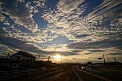 太陽に集まる雲