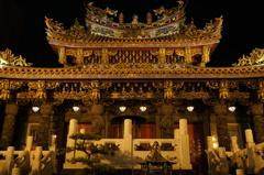 夜の横浜中華街関帝廟1