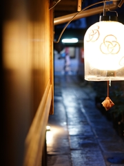京都 花街の夜の序幕