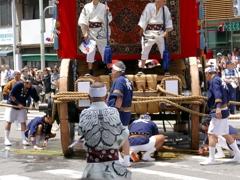 京都 祇園祭り 巡行の監督