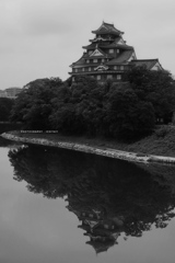 漆黒の岡山城