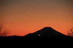 シルエット富士(2)