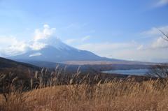 富士と山中湖