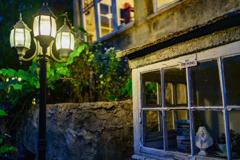 Dreamton~oriel window~