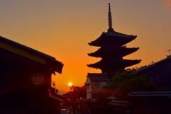 八坂道夕景