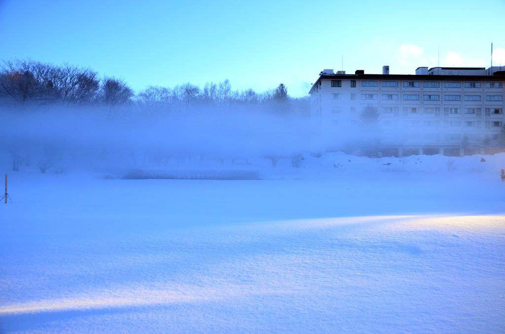 阿寒湖のけあらしと霧氷