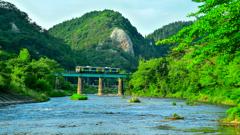 水郡線 ~ 新緑と久慈川 ~