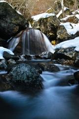 晩冬の渓 ~三日月滝~