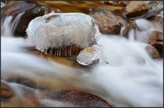 故郷渓谷廻り ~背戸の氷結岩~