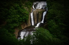 緑彩瀑布 2