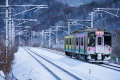 久しぶりの雪・・・ I