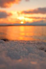 湖氷のさき