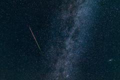 ペルセウス座流星群(トリミング)
