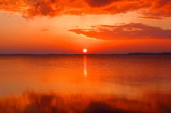 湖の夜明け I