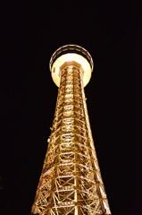 光るタワー