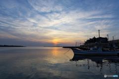 夕暮れの三国港