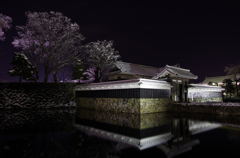 雪夜の黒門