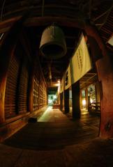 雪夜の善光寺:本堂回廊