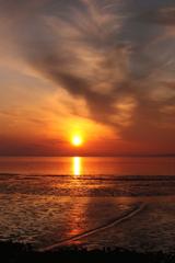 夕日と干潟