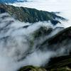 縦走路を流れる滝雲