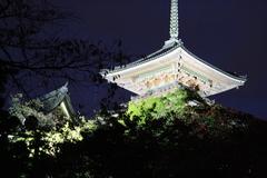 清水寺境内 三重塔