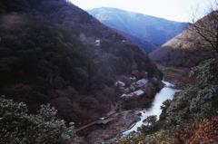 亀山公園より保津川を望む