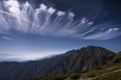 五竜岳と秋の空