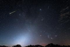 ペルセウス座流星群と秋の星空
