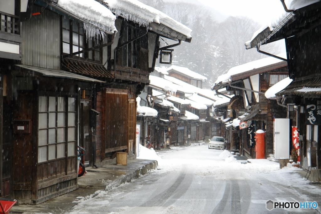 雪の奈良井宿 (S)