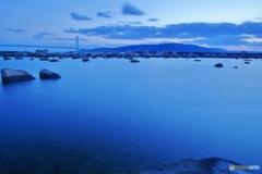 青い瀬戸内湖