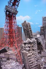破壊された東京タワーの風景・・特撮のすべてイベント・・