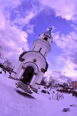 雪の函館のキリスト教会・・