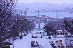 雪の函館。。海上自衛隊函館基地隊と函館港風景・・