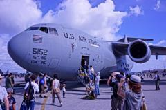大きい輸送機。。C-17グローブマスター・・・20120818
