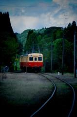 月崎駅に到着する小湊鉄道キハ200