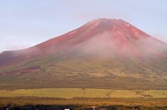 早朝に富士山