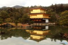 鏡湖池と金閣
