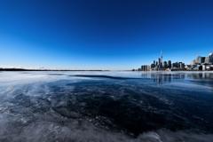 凍てつく都市