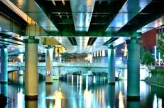 日本橋の静かな夜